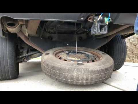 Where is the Spare Tire? Land Rover – How to Remove and Replace. LR3 – LR4