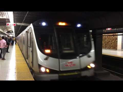 Toronto Subway Line 1 Yonge–University Video 24 6 2017, 07 00 25
