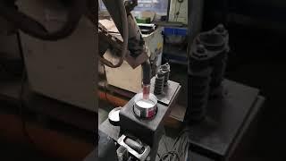 자동화 CO2용접용 노즐 청소하기 !!