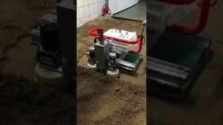 Floor Master Robot CLAPA