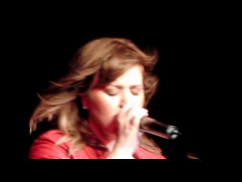 Kelly Clarkson - THE VOICE - Sober (Private Showcase Germany)