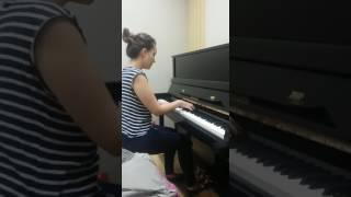 Manuela Escobar, Canto 2 Literatura