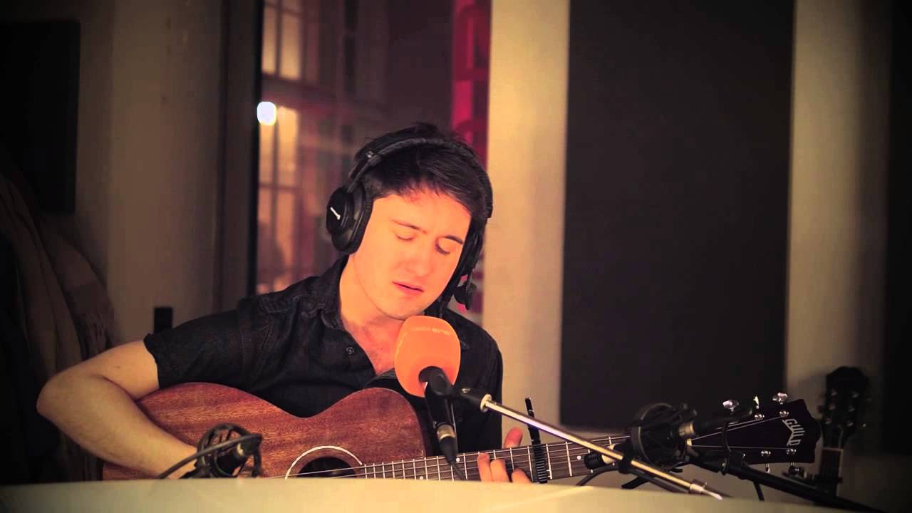 Villagers - Nothing arrived live & acoustic @  radio station