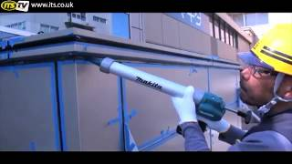 Makita BCG180 18v Cordless Caulking Gun
