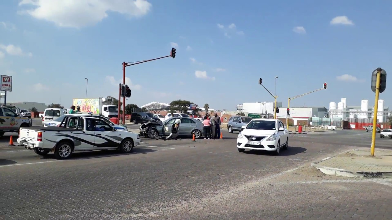 Accident scene on cnr of Vermikuliet and Landros Maré streets ...