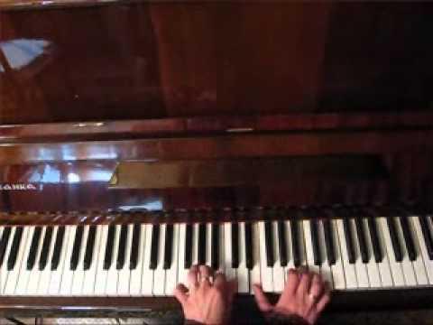4.О видеокурсе Как играть на пианино. Виктория Юдина