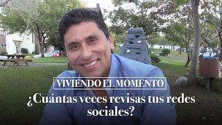 ¿Cuántas veces revisas tus redes sociales? - Viviendo el momento con César Lozano thumbnail