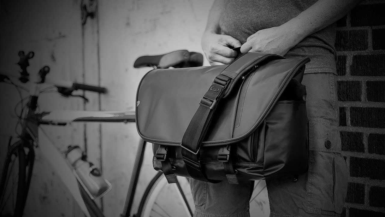 Boa nerve stealth | Large 15-inch laptop messenger bag with ...