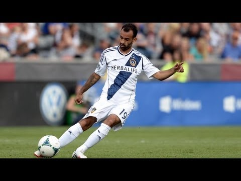 GOAL: Juninho ties the game with a brilliant free kick | LA Galaxy vs Seattle Sounders
