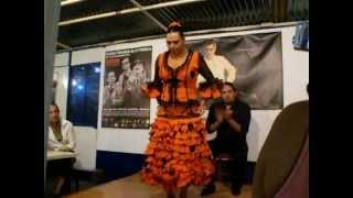 TravelGirls.ro: Flamenco in Sevilia – ParAndalucia cu Paravion.ro