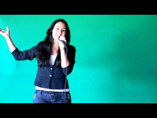 Lais Souza - Cover de Maite - Natal Rebelde 2011 Travel Video