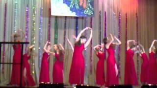 в красных платьях, Студия танца ,,ДЕФИЛЕ,, г.Троицк.