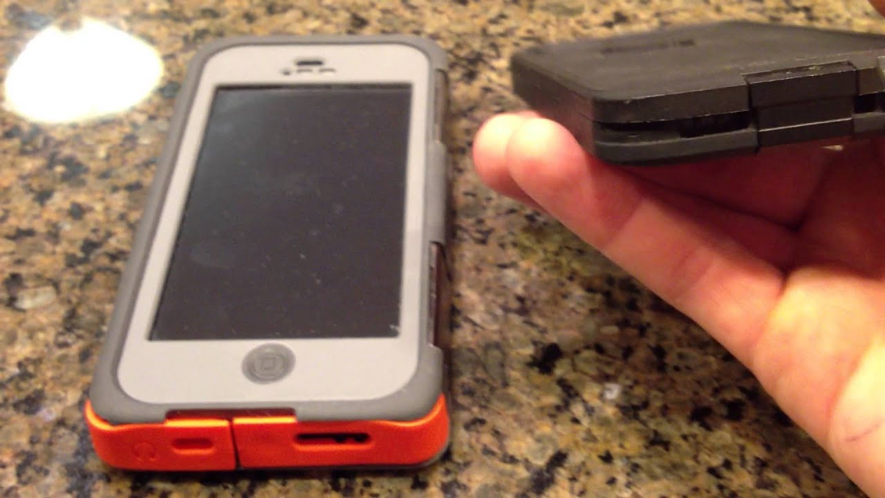 online retailer b5ecd b45aa Lifeproof vs. Otterbox Which case is better?