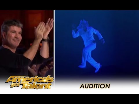 The Most AMAZING Multimedia Act Gets A Simon Cowell Standing Ovation! | America's Got Talent