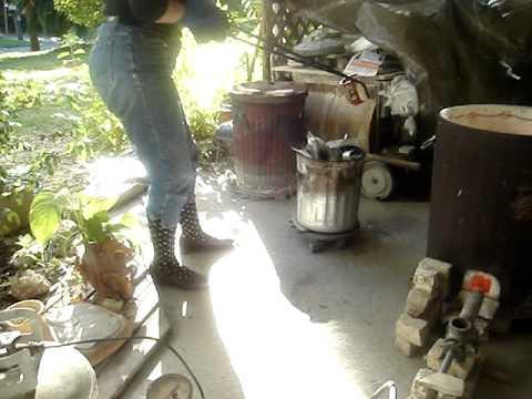 Garbage Can Kiln Creates Beautiful Pottery Raku Firing
