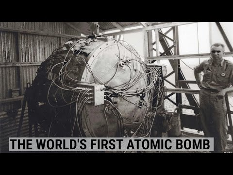 Images of nuclear bomb explosions