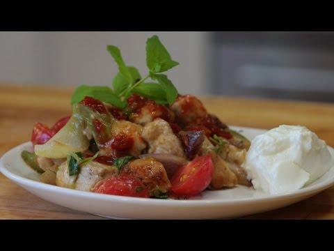 Domowy Przepis Na Potrawkę Z Indyka, Pyszny  Indyk W Warzywami Na Ostro