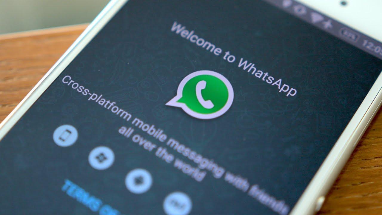 Esistono molti programmi e tecniche per spiare le conversazioni WhatsApp, ecco i principali.