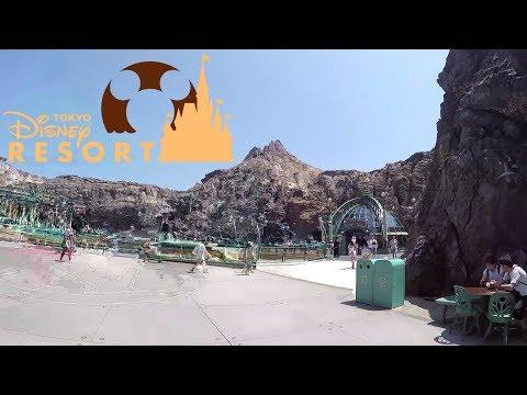 Tokyo Disneyland (and DisneySea) 2017 Tour & Review