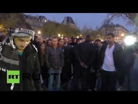 A Paris, un musulman à bras ouverts : «Je vous fais confiance, et vous ? Alors faites-moi un câlin»