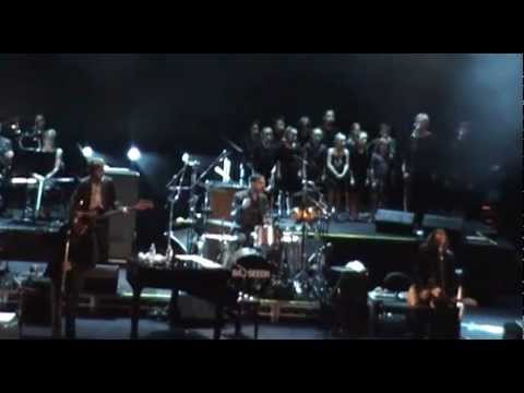 "Nick Cave & The Bad Seeds ""Mermaids"" Live in Sydney"