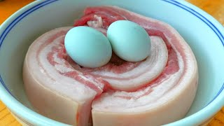【小穎美食】五花肉不要紅燒了,加2個鹹蛋,比紅燒肉還香,一次幾斤不夠吃!