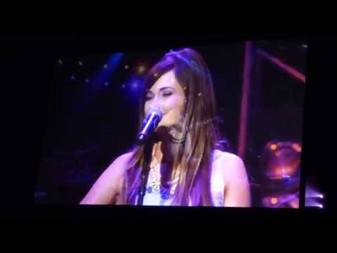 Kasey Musgraves Merry Go Round