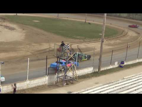 41. Street Stocks at Crystal Motor Speedway Test and Tune on 04-09-17