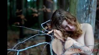 Naked Authenticity: Nude art model Ananda Rosen reveals her naked humanity
