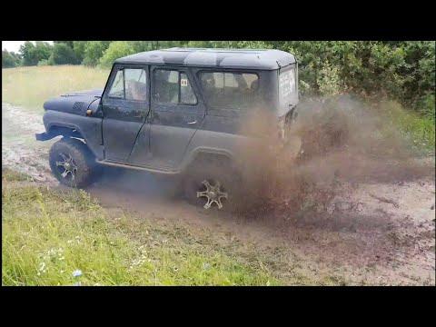 УАЗ-469 на двиготеле ЗМЗ-406i рулит