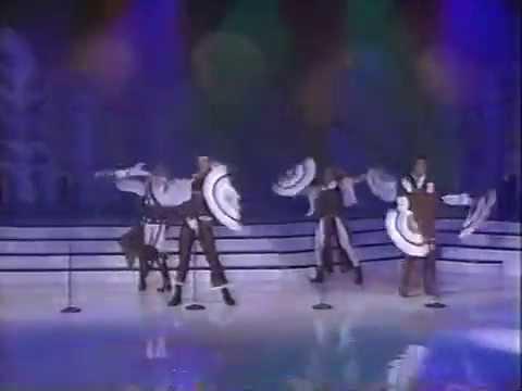 Locomia, agredidos en Siempre en Domingo (1993) music