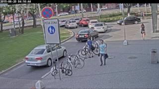 Kradez bicykla OC Central, 23.5. o 17,39. Akekolvek info mate pomozte prosim najst pachatela!