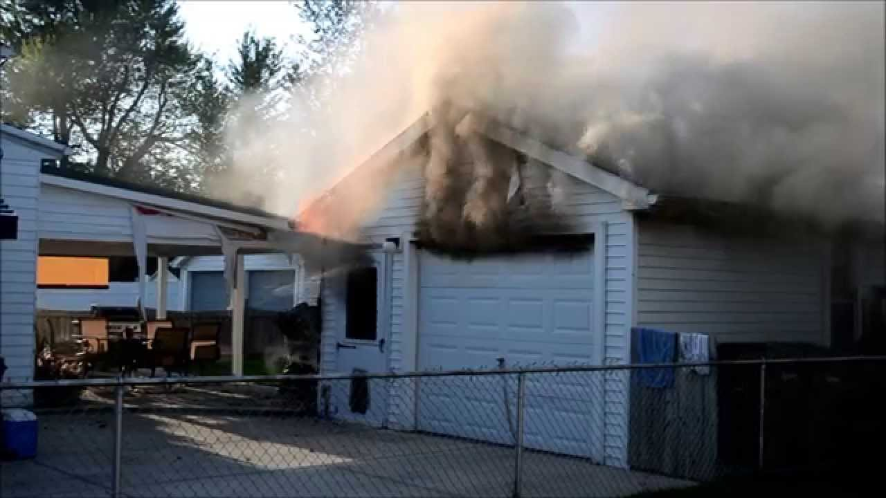 Cleveland Hill Garage Fire Westbrook Youtube