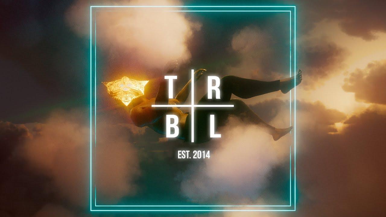 Born I & Tenka - Firefly (feat. Patricia Portillo)