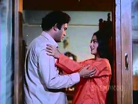 Bahon Mein Chale Aao   Jaya Bahaduri   Sanjeev Kumar   Anamika   Lata Mangeshkar   Old Hindi Songs
