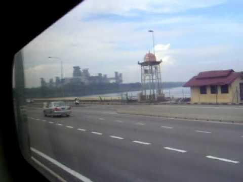 Crossing johor-singapore causeway
