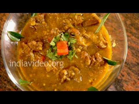 How To Cook Green Chilli Mutton Curry - Recipe And Method Of Preparation