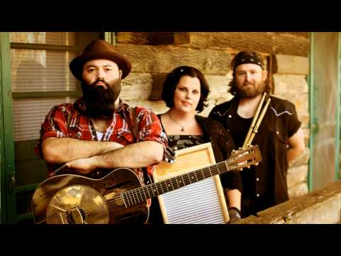 Reverend Peyton's Big Damn Band - That Train Song (studio HD)