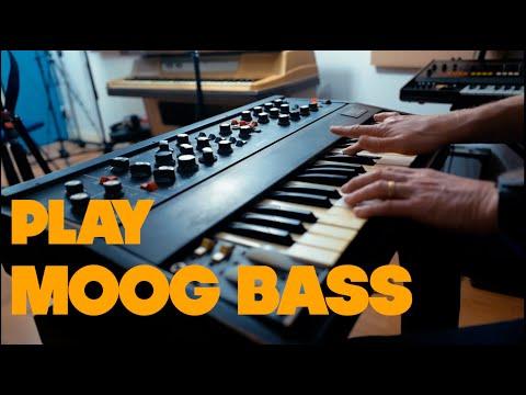 Program and Play Funky Moog Bass