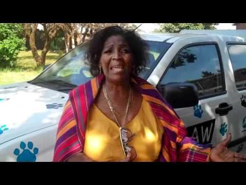Bontle Setlhogoe addresses the community after Vervet Monkey Rescue by CLAW