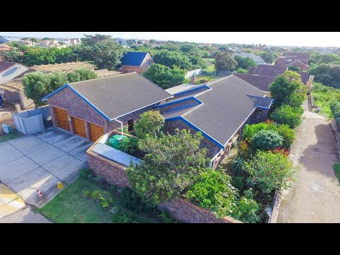 3 Bedroom House for sale in Eastern Cape   Jeffreys Bay To Tsitsikamma   Jeffreys Bay    