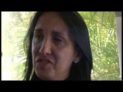 Madre de reina de belleza muerta, Génesis Carmona,  pide asilo político en Miami