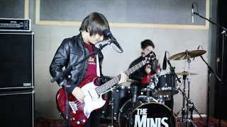 THE MINIS - Blitzkrieg bop - Ramones cover - Live in studio