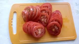 Картофель с помидорами,запеченый в духовке