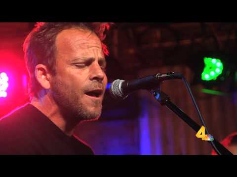 Stephen Dorff - Pour Me Out Of This Town