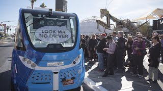 self driving bus company says vehicle safe following crash