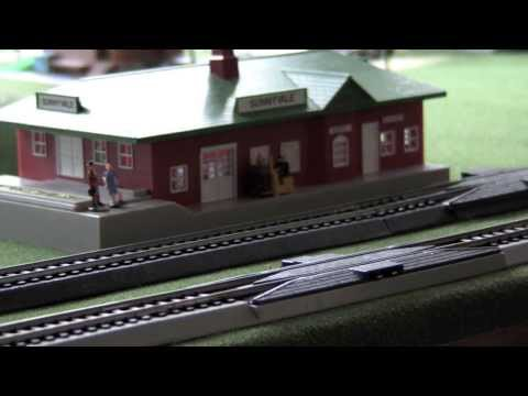 HO Scale Model Train Set 4×6 Lionell and Bachman Layout