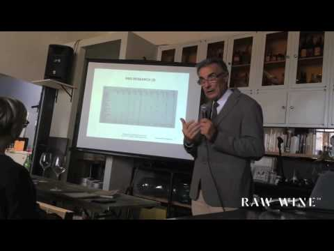 "RAW WINE New York 2016 - Lorenzo Corino on ""Organic farming to obtain quality wines that are alive"""