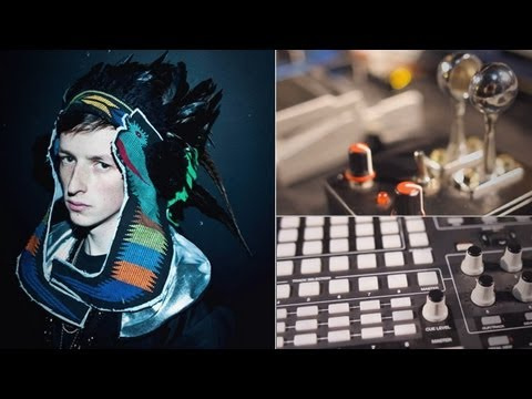 Behind The Booth: Totally Enormous Extinct Dinosaurs | DJTT TV