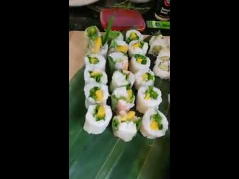 how-to-make-vegetarian-sushi-rolls-with-rice-paper.